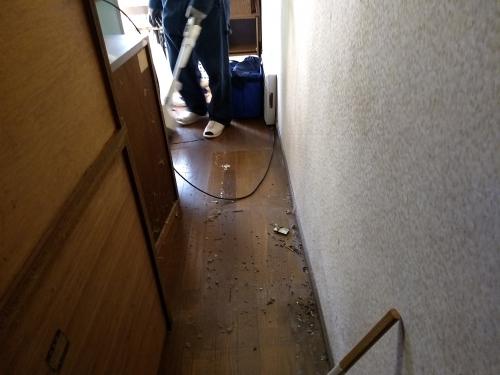 足立区西新井で掃除手付かずの家を大掃除。