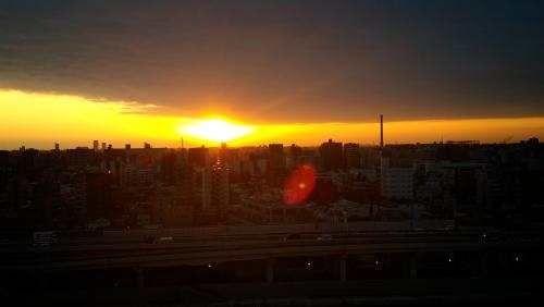 朝陽です…