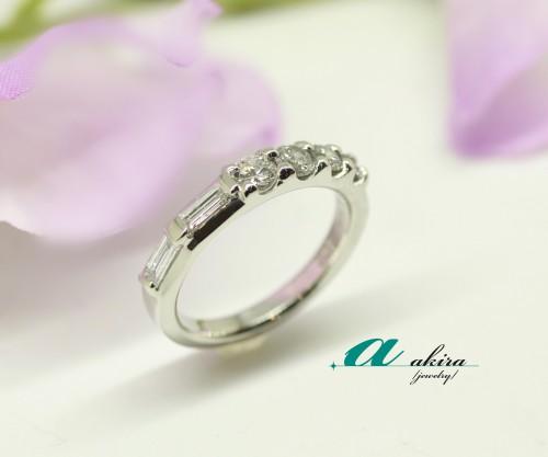 余ったダイヤモンドを使い一文字指輪にリフォームしました