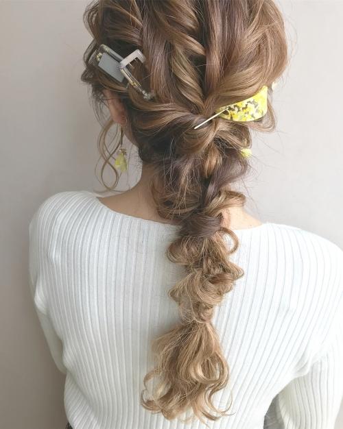cilsoie ciim  ヘアアクセ 編みおろし 髪型