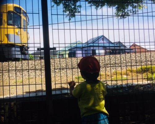 電車の見える公園  一時保育・月極め保育