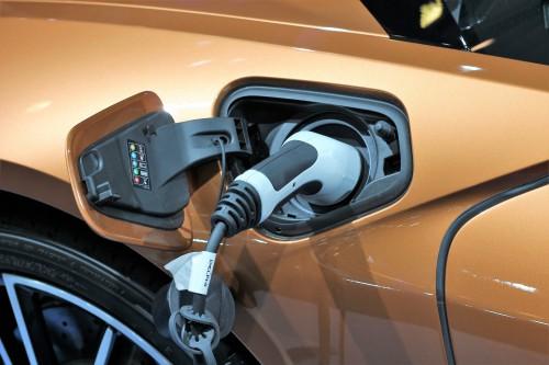 北欧の自動車ディーラー電気自動車(EV車)の販売に後ろ向き