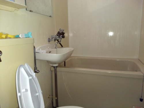 賃貸アパートの水周り清掃を堀切で。