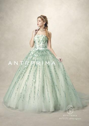横浜人気ブランドのレンタルウェディングドレスなら人気の当店へ
