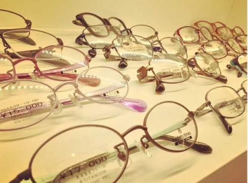 子供用メガネも