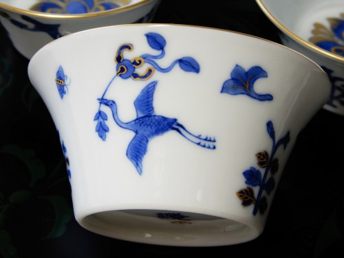 本景徳鎮ホンハイの馬蹄杯5個組をヤフオクに出品中です。