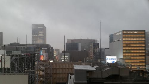 台風13号強いです。
