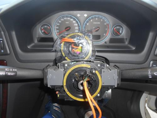 ボルボ メーター内ヨコスベリ機能停止表示、角度センサー不良
