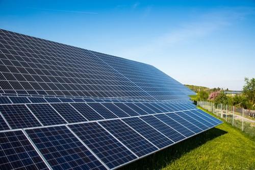 太陽光発電「アレイ」とは??