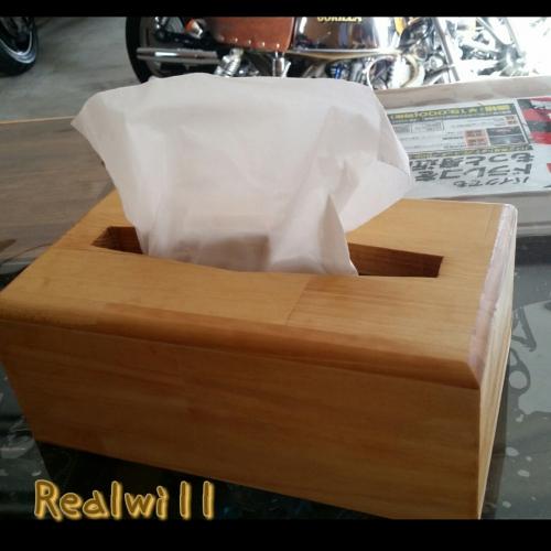 手作りオーダーの木のティッシュ箱