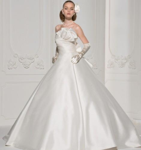 栃木レンタルウェディングドレスは有名ブランド取扱いの当店へ