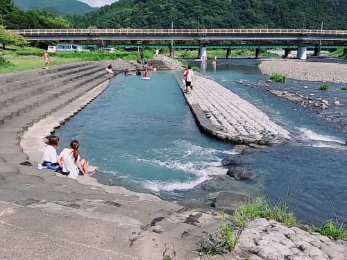まだまだ暑い日が続きますね。川根路へ