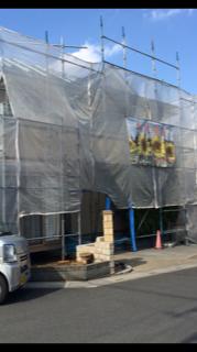 入間市で外壁塗装施工中です