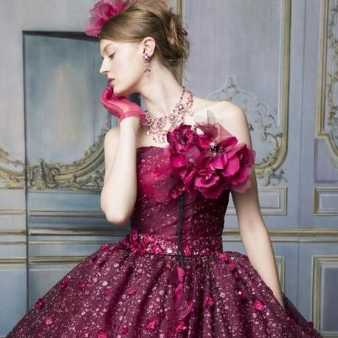 神奈川ブランド品の貸しウエディングドレスを格安でご案内