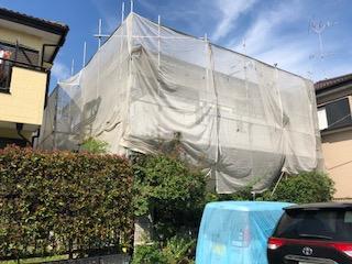東松山市で外壁塗装施工中です