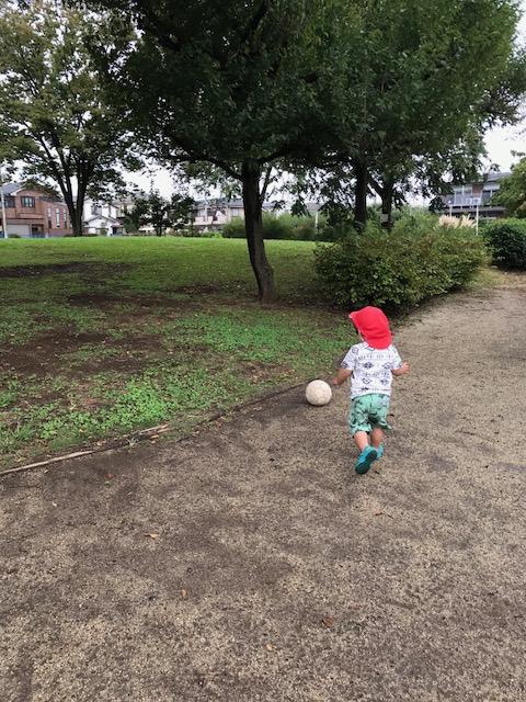 散歩 サッカー 託児