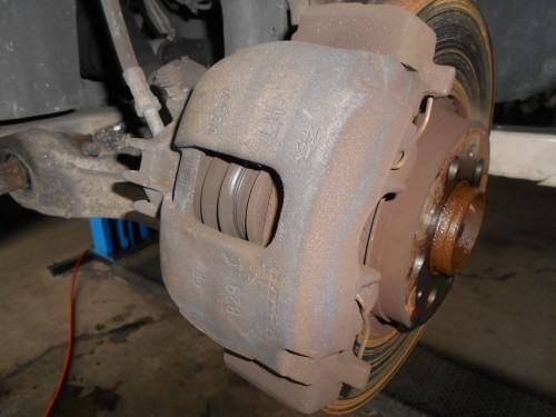 ボルボV70ブレーキローター現物修理、修正やり方あります。