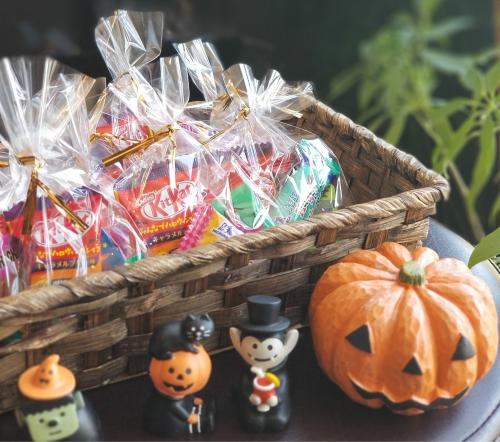 ☆ハロウィンイベント☆お子様ご来店でお菓子をお配りします