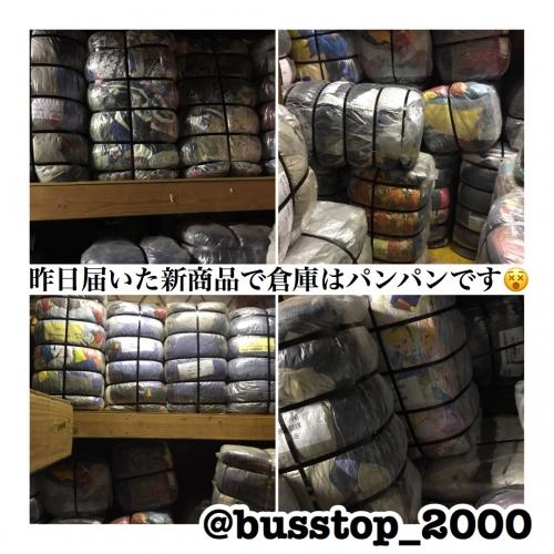 昨日届いた新商品で倉庫の中はパンパンです(^_^;)