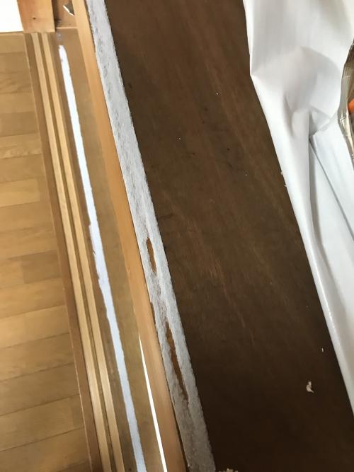 シールとテープの除去プロのお掃除【神奈川県】