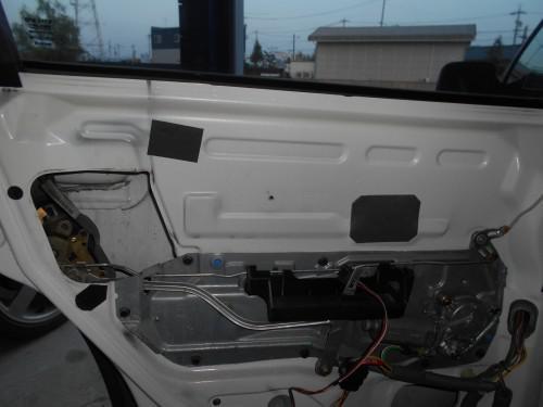ボルボ850 ドア内側開かないや、ドアロックできない修理