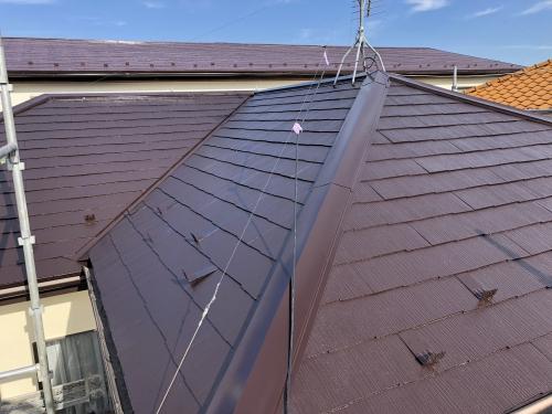 柏市で屋根塗装を無機塗料で仕上げています。