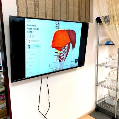 インストラクター養成講習用にモニター設置