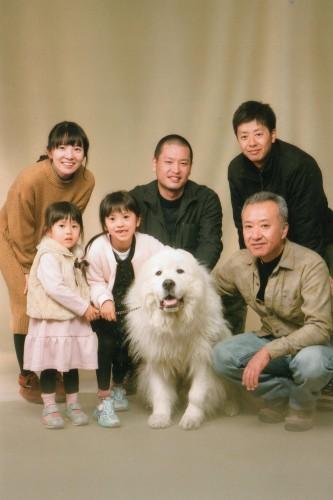 家族写真:みんなで撮れて楽しかった!ワンちゃんが可愛かった!