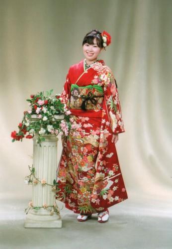 成人式前撮り:寒川神社でも皆の目を引いて鼻が高かったです!