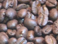 コーヒーを焙煎すると香りが出るのは?