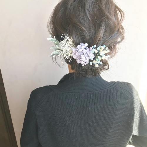 brambly  アジサイ かすみ草 アレンジヘア