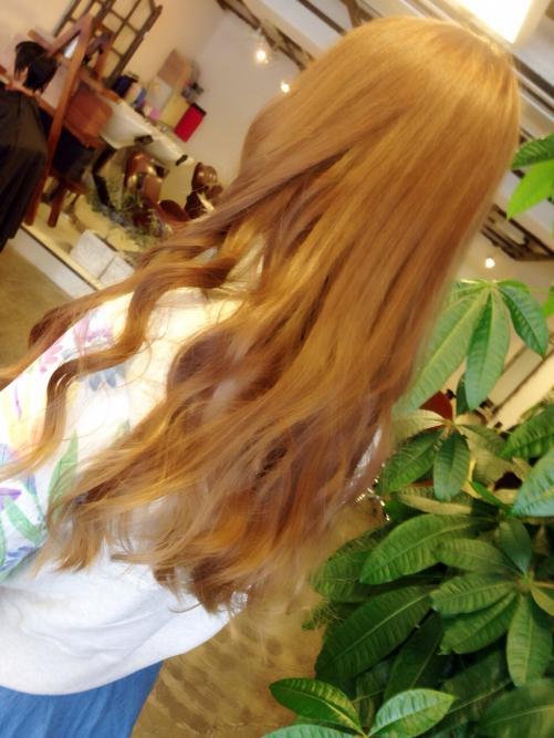 アッシュベージュ きれいな髪色
