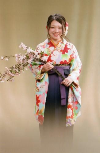 卒業写真:綺麗な袴を着せて頂いて満足です!有難うございます。