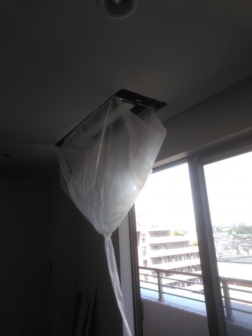 天井エアコン