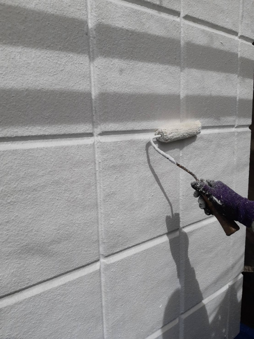 さいたま市壁2回目下塗り