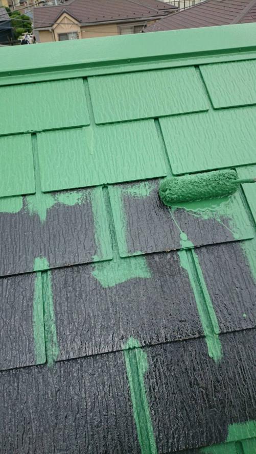 草加市青柳屋根中塗り施工