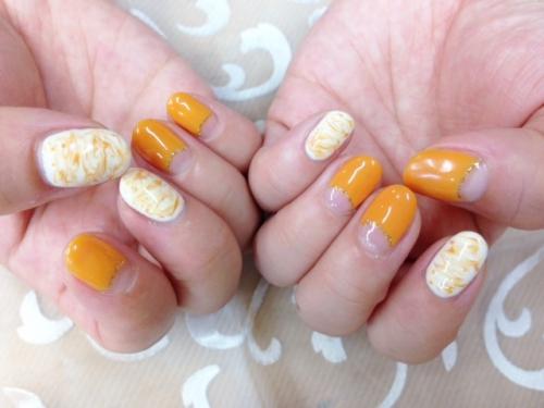 オレンジ系のネイルデザイン(8月のキャンペーン)