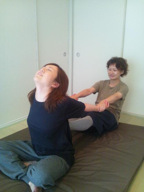 肩こり 腰痛を撃退!福岡のタイ式マッサージ隠れ家サロン