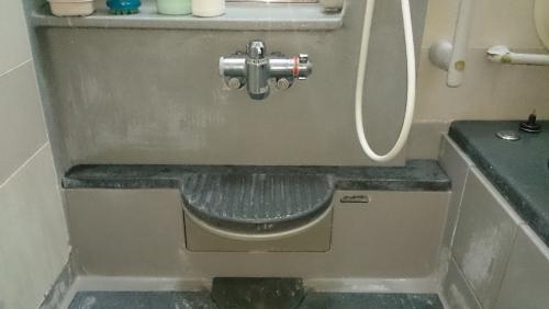 平塚市のお風呂場のクリーニング汚れ落とし