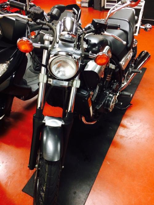 大型バイクの車検整備もお任せ下さい。