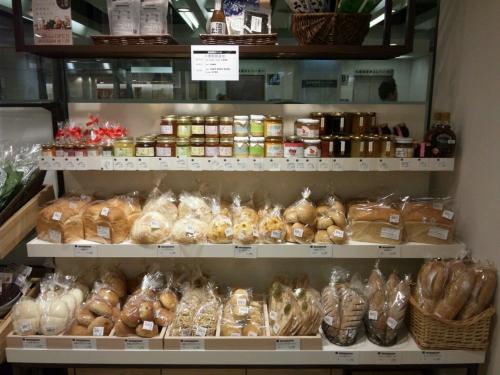 髙島屋ファームのパン売り場