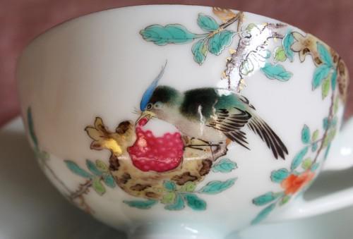 鳥と柘榴の絵付けが秀逸なカップ&ソーサー
